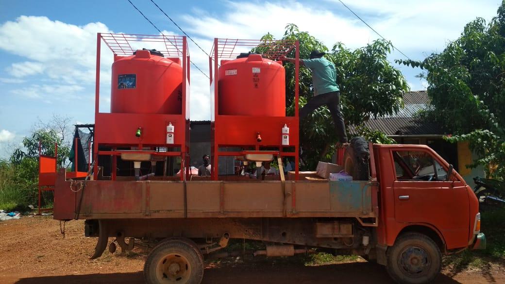 Foto Penyerahan Bantuan 2 Unit Tempat Cuci Tangan dari Dinas Perhubungan Provinsi Kepulauan Riau untuk Pelabuhan Punggur dan Pelabuhan Sijantung , Rabu, 22 April 2020